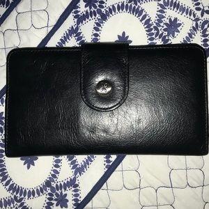 NWT Hobo 'Danette' Vintage black  leather wallet